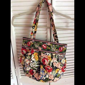 Vera Bradley small shoulder bag